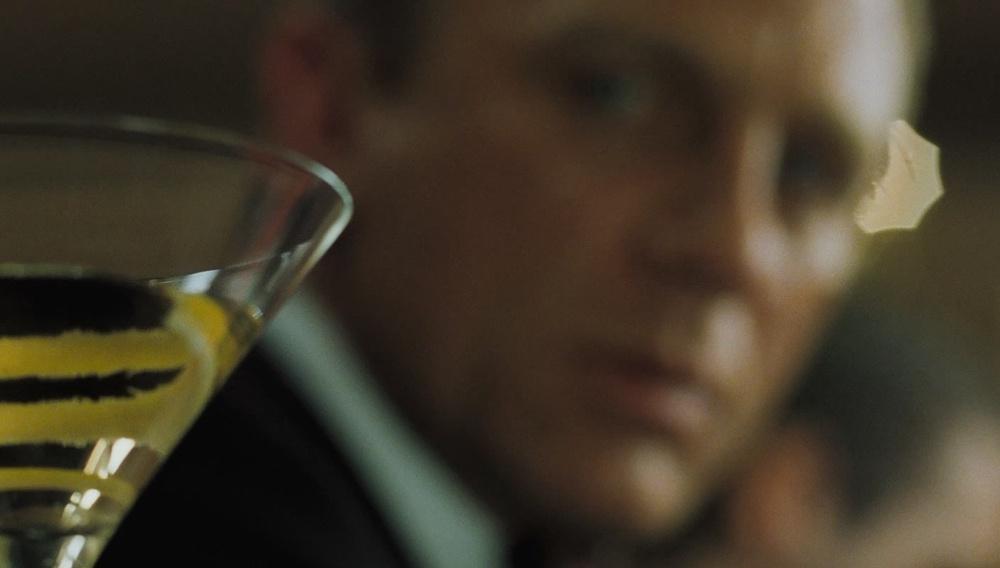 Το μαρτίνι του Τζέιμς Μποντ στο «Spectre» θα είναι λίγο... βρώμικο!