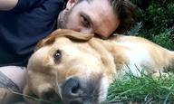 Ο Τομ Χάρντι αποχαιρετά το σκύλο του με το πιο συγκινητικό μήνυμα που διαβάσατε τελευταία