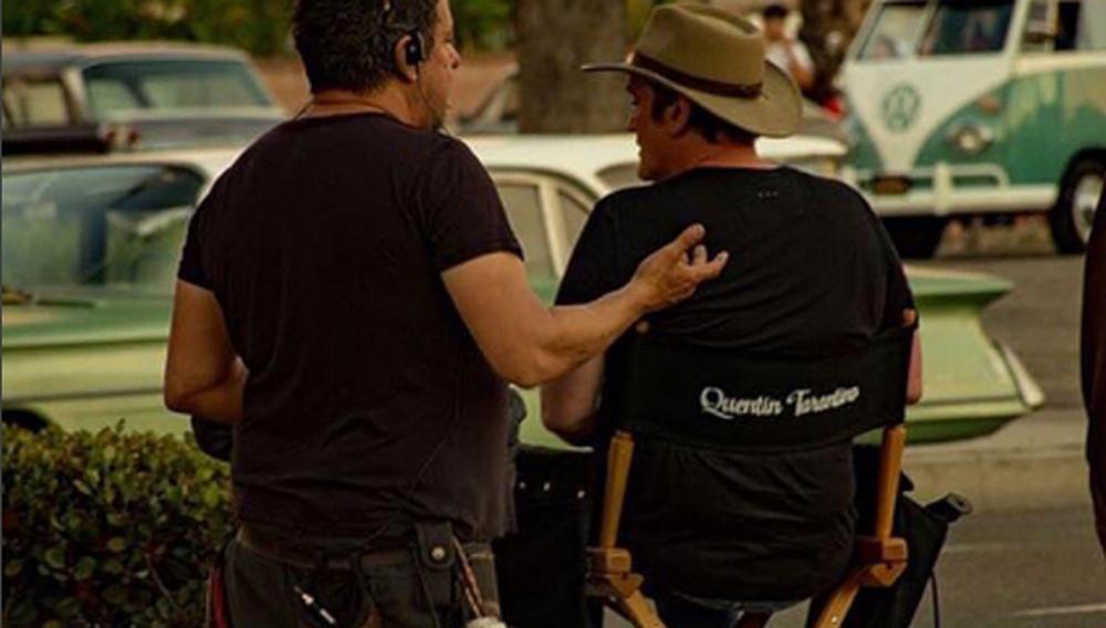 Δείτε τις πρώτες (ερασιτεχνικές) φωτογραφίες από τα γυρίσματα του «Once Upon a Time in Hollywood» του Κουέντιν Ταραντίνο
