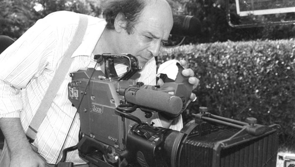 Από τα αρχεία | Ο Μανούσος Μανουσάκης γράφει για το σινεμά και το Κράτος