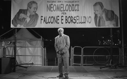 Το «Η Μαφία δεν Είναι πια Αυτό που Ηταν» είναι ένα mockumentary που δεν αφορά κανέναν εκτός Ιταλίας