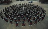 Ο Ρομέν Γαβράς μεταφέρει το Παρίσι στην Κίνα στο «Gosh» του Jamie xx