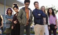 Εφηβοι με ειδικές δυνάμεις εναντίον σατανικών γονιών στο τρέιλερ του «Runaways»