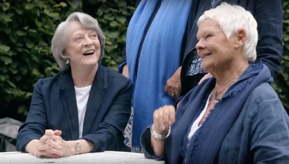 Κανείς δεν τα βάζει με την Dame Τζούντι Ντεντς όπως... η Dame Μάγκι Σμιθ