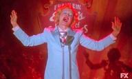 Δείτε την  Τζέσικα Λανγκ να τραγουδά το «Life on Mars» του Ντέιβιντ Μπόουι, από το «American Horror Story: Freak Show»