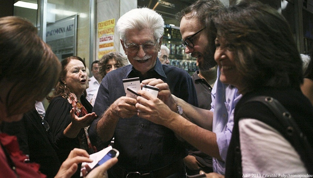 Νύχτες Πρεμιέρας 2013: Ο Γιάννης Μπακογιαννόπουλος έχει κέφια!