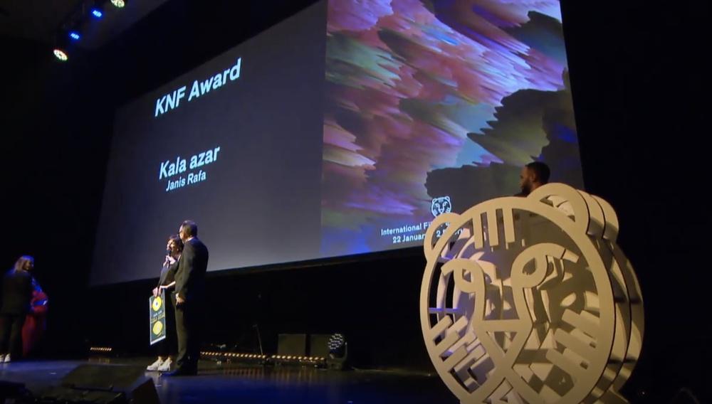 Βραβείο στο Φεστιβάλ του Ρότερνταμ από τους Ολλανδούς Δημοσιογράφους στο «Kala Azar» της Τζάνις Ραφαηλίδου
