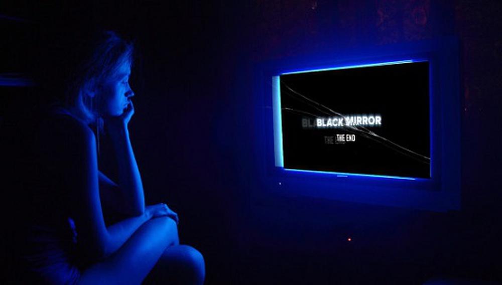 Η νέα σεζόν του «Black Mirror» θα έχει ένα επεισόδιο όπου εσύ θα διαλέξεις το φινάλε