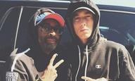 O Eminem απολογείται στην μητέρα του μέσα από βίντεο που γύρισε ο Σπάικ Λι