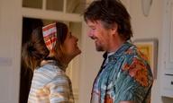 Ο Ιθαν Χοκ και η Ρόουζ Μπερν αναζητούν τη χαμένη τιμή της ρομαντικής κομεντί στο τρέιλερ του «Juliet, Naked»
