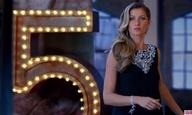 O Μπαζ Λούρμαν σκηνοθετεί τη Ζιζέλ στο νέο διαφημιστικό για το αιώνιο Chanel Νο.5