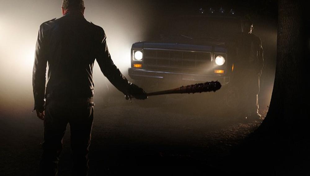 Η Λουσίλ διψάει για αίμα στην πρεμιέρα του 7ου κύκλου του «The Walking Dead»
