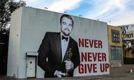 Oscars 2016: Κι αν ο Λεονάρντο δεν κατέβαινε ποτέ από τη σκηνή μετά το Οσκαρ του;