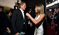 Ο Μπραντ Πιτ και η Τζένιφερ Ανιστον ήταν το πιο γλυκό «ζευγάρι» των φετινών βραβείων SAG