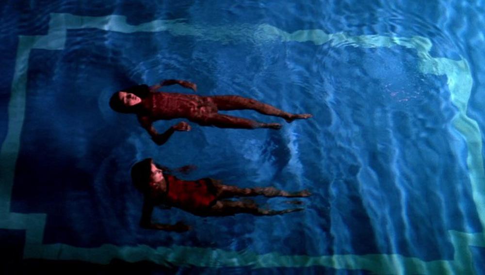 Το Flix βουτάει στις πισίνες του σινεμά #18 – Suspiria του Ντάριο Αρτζέντο (1977)