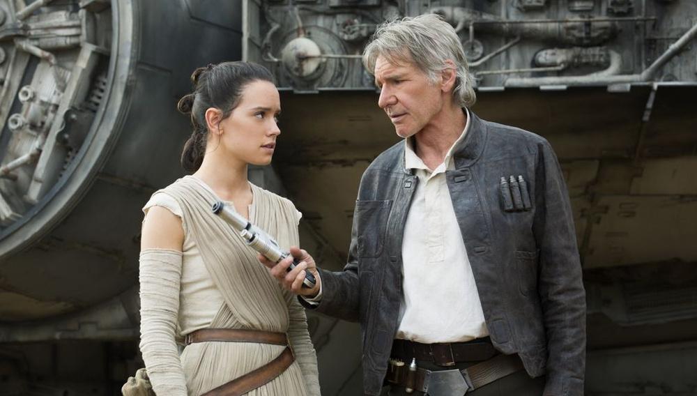 Συγκίνηση: οι νέοι Star Wars πρωταγωνιστές τα χάνουν μπροστά στους παλιούς (βίντεο)