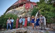 «42°C»: Ενα νησί, μια εφηβική παρέα, ένα σκοτεινό καλοκαίρι