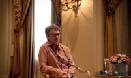 «Πιστεύω πολύ στο ευρωπαϊκό σινεμά.» Ο Φρανσουά Κλουζέ παίζει σε ελληνική ταινία και μιλά στην κάμερα του Flix