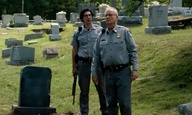 To καλύτερο ζόμπι καστ που αποσυντέθηκε ποτέ σε ταινία. Αυτό είναι το πρώτο τρέιλερ του «The Dead Don't Die»