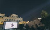 Το 8o Φεστιβάλ Κινηματογράφου της Σύρου μας πάει ταξίδι σε μια «εκτός εποχής» πραγματικότητα