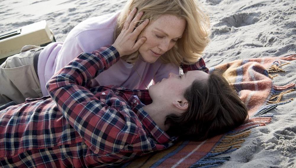 «Freeheld»: H Τζούλιαν Μουρ και η Ελεν Πέιτζ διεκδικούν το δικαίωμα στη σχέση τους και ένα Οσκαρ!