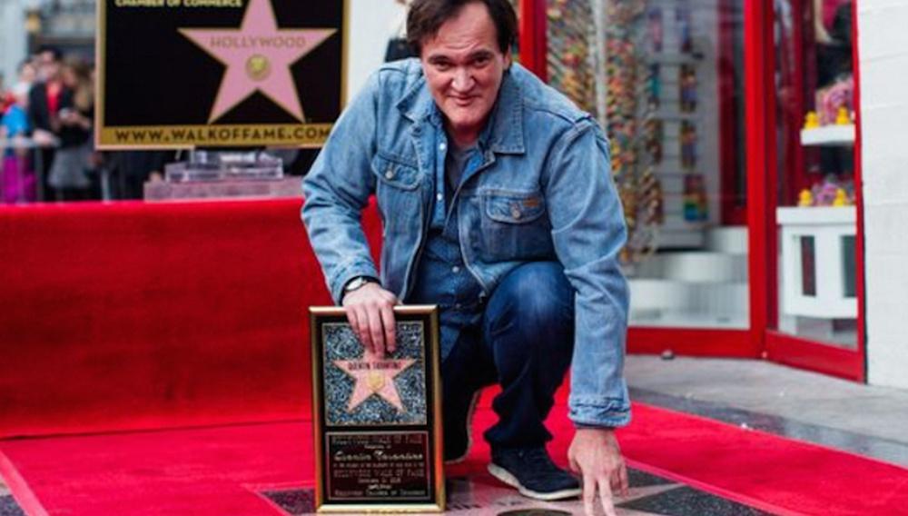 Ο Κουέντιν Ταραντίνο κερδίζει (επιτέλους!) το αστέρι του στη Λεωφόρο του Χόλιγουντ