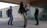 «Δεν είναι η πρώτη φορά που δουλεύω με έναν ηλίθιο»: Οι Πενέλοπε Κρουζ και Αντόνιο Μπαντέρας γυρίζουν μια ταινία στο «Official Competition»