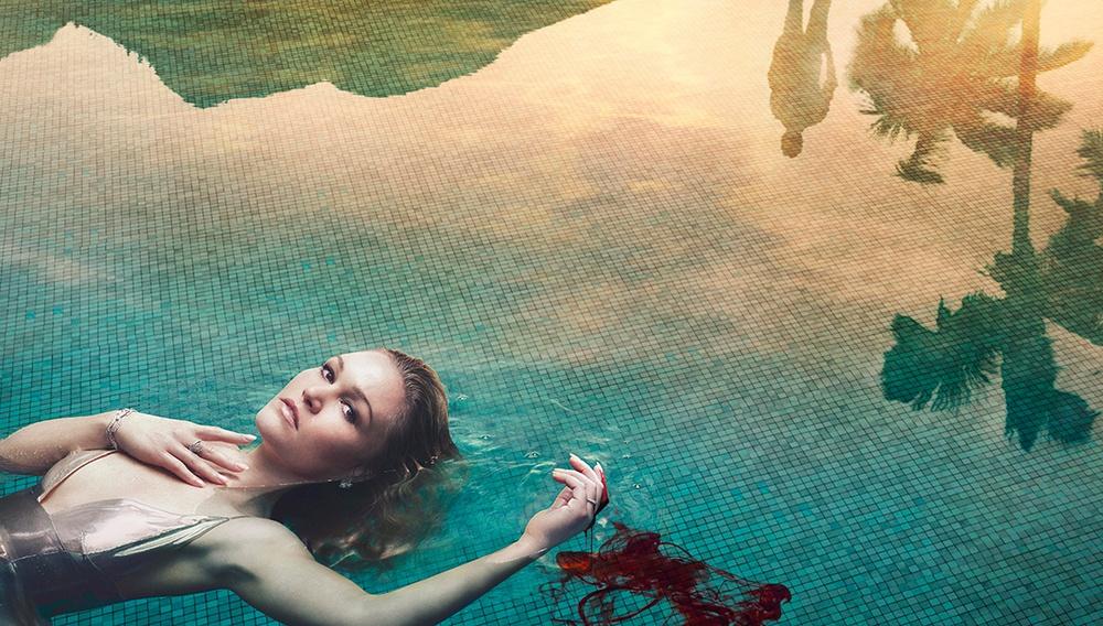 Στη «Riviera» ουδέν κρυπτόν υπό τον εκτυφλωτικό ήλιο του πλούτου και της λάμψης