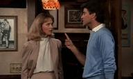 Βλέποντας τηλεόραση ένα επεισόδιο τη φορά #16, Μέρος 1: «Cheers», Showdown (2)