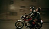 Πάμε «Πλατεία Αμερικής»; Νέο τρέιλερ για την ταινία του Γιάννη Σακαρίδη