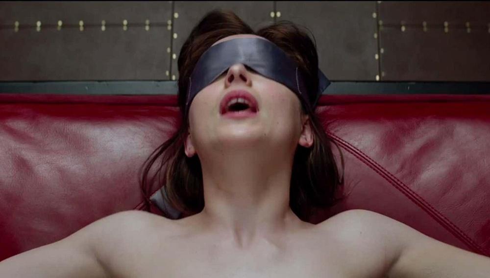Το κινηματογραφικό «Fifty Shades of Grey» μετράει ήδη ένα ρεκόρ