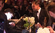 Βραβεία Οσκαρ 2016: Οταν ο Λεονάρντο ΝτιΚάπριο περίμενε να του χαράξουν το Οσκαρ του