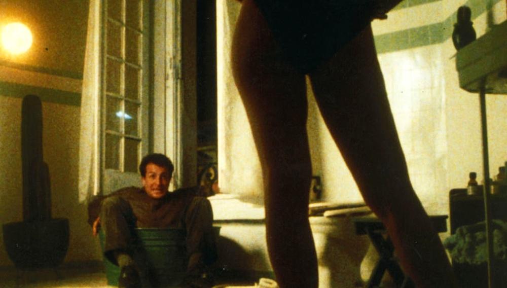 Οι Ταινίες της Κυριακής: «Sólo con Tu Pareja» του Αλφόνσο Κουαρόν (1991)