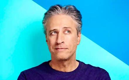 «The Problem With Jon Stewart»: το πρώτο trailer αποδεικνύει ότι ο Τζον Στιούαρτ επανέρχεται δριμύτερος