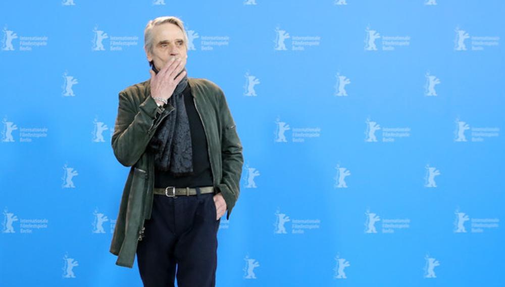 Berlinale 2020: Οταν ο Τζέρεμι Αϊρονς θέλησε να (ξε)καθαρίσει τη θέση του