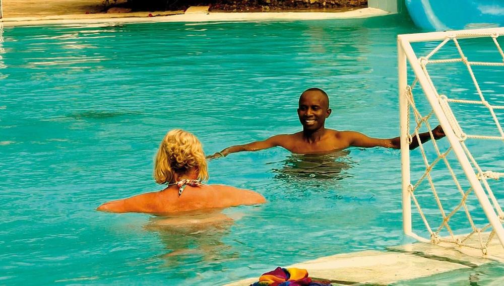 16ο ΦΝΘ: Διακοπές στην Κένυα