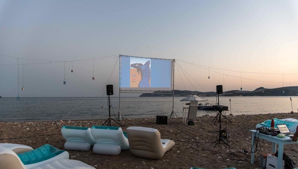 Στην πανσέληνο του 2ου Διεθνούς Φεστιβάλ Κινηματογράφου της Κιμώλου
