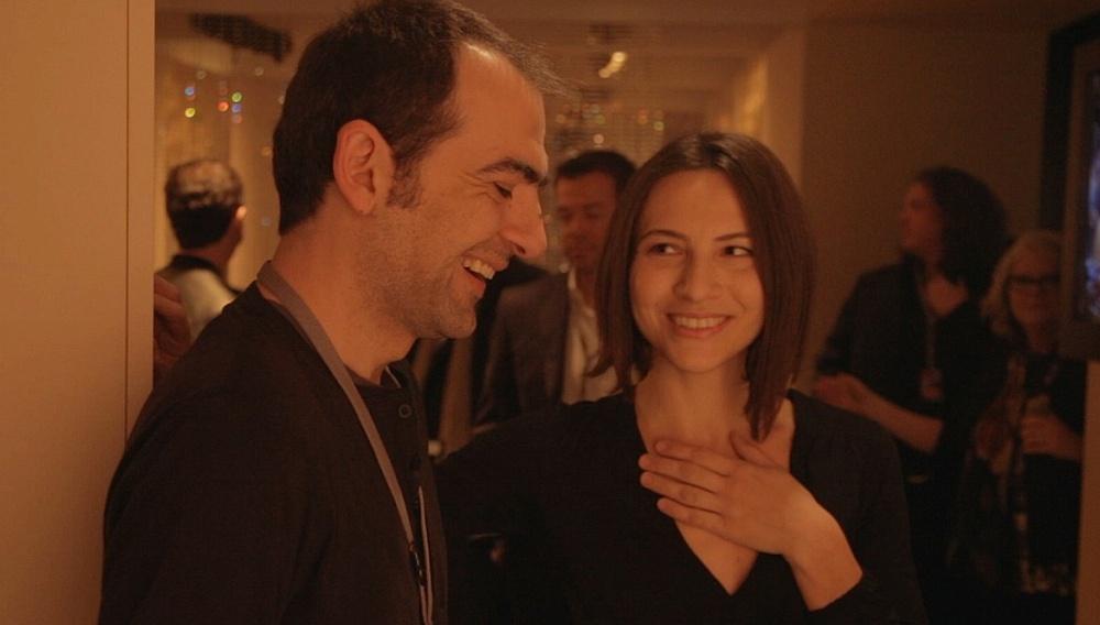 Berlinale 2014: Η ομάδα του «Να Κάθεσαι και Να Κοιτάς» στην κάμερα του Flix