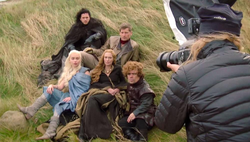 H Ανι Λίμποβιτς φωτογραφίζει τους ήρωες του «Game of Thrones»
