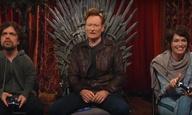 Ο Κόναν Ο' Μπράιεν δοκιμάζει το νέο video game «Overwatch» με το καστ του «Game of Thrones»