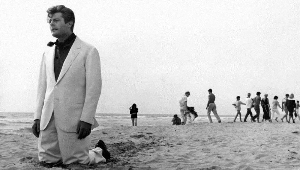 To Flix στις αξέχαστες παραλίες του σινεμά #29 - La Dolce Vita (1960)