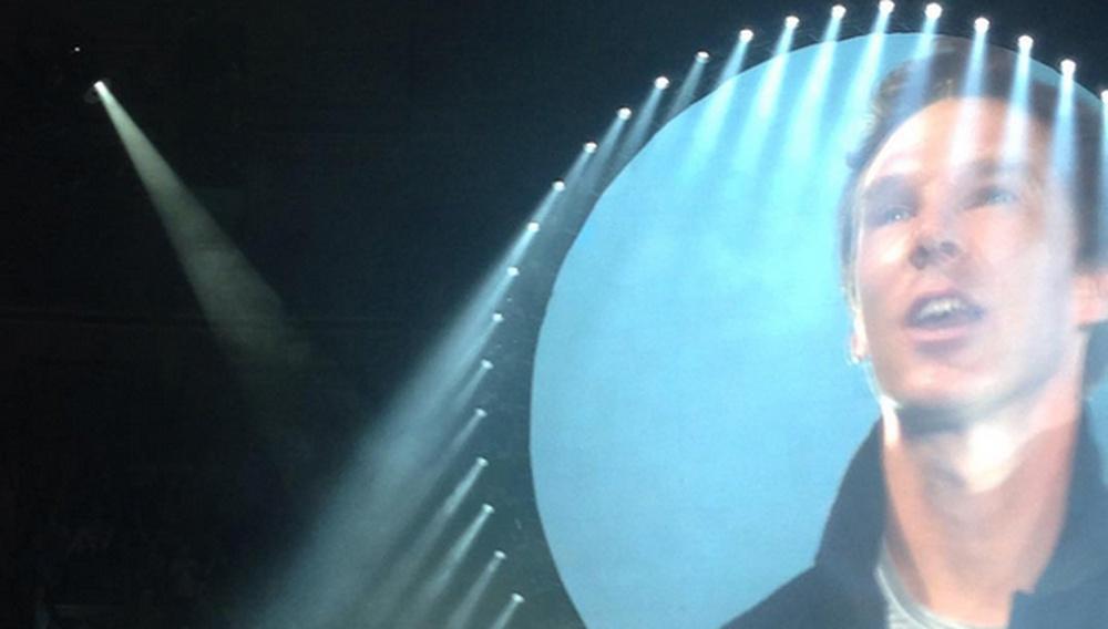 Ο Μπένεντικτ Κάμπερμπατς τραγούδησε live το «The Wall» στο Royal Albert Hall