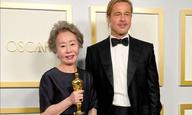 Oscars 2021: «Γιου-Τζουνγκ Γιουν, πώς μυρίζει ο Μπραντ Πιτ;»