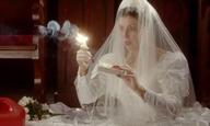 Ο Αλεξ Ρος Πέρι σκηνοθετεί ένα βίντεο κλιπ για τους Sleigh Bells