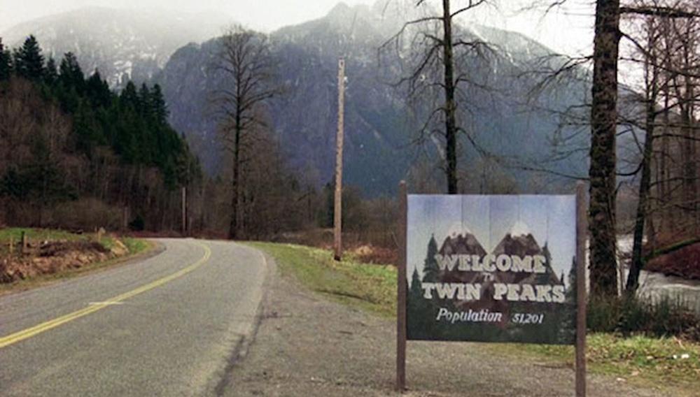 Ο Ντέιβιντ Λιντς επιστρέφει (τελικά) στο «Twin Peaks» - ελπίζουμε αυτή τη φορά οριστικά!