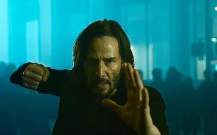 Ο Νίο και η Τρίνιτι επιστρέφουν στο πρώτο τρέιλερ του «Matrix Resurrections»