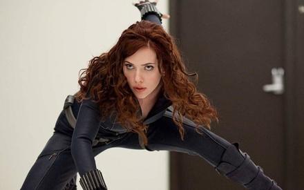 Η Σκάρλετ Τζοχάνσον δηλώνει δυσαρεστημένη με την υπερ-σεξουαλικοποίηση της Black Widow στο «Iron Man 2»