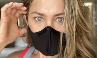 Η Τζένιφερ Ανιστον και ο Τομ Χανκς έχουν να πουν κάτι σε όσους δεν θέλουν να φορούν μάσκα