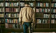 Ο Κρίστοφερ Νόλαν μας ξεναγεί στη βιβλιοθήκη του «Interstellar»