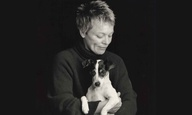 «Heart of a Dog». Η Λόρι Αντερσον εξερευνά την αγάπη, την απώλεια και τις μνήμες από τον σκύλο της